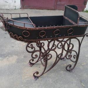 Кованые мангалы Кованый мангал в форме корабля Арт. МА-015 Norkovka